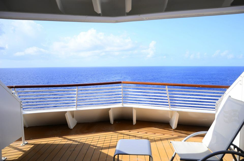 Room 8188 Category 05e Deluxe Oceanview Stateroom With