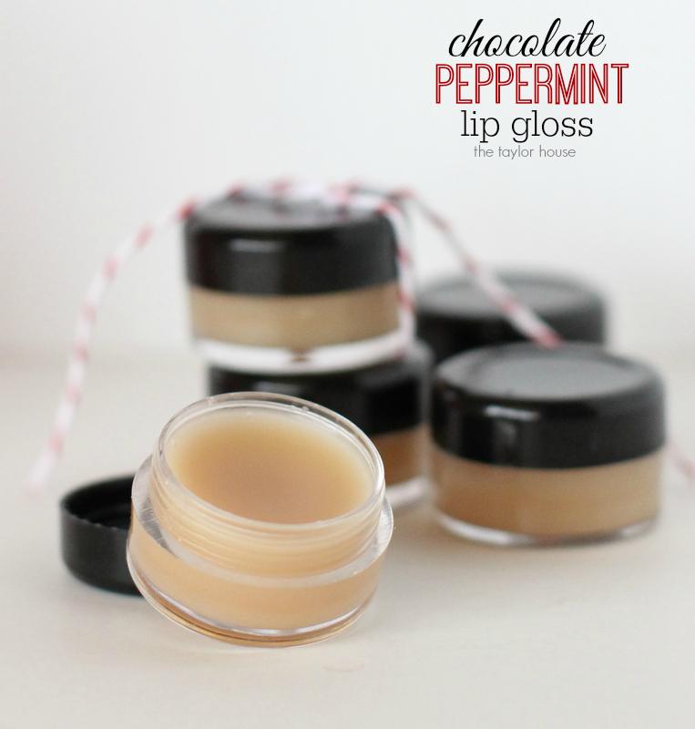 DIY Chocolate Peppermint Lip Gloss #naturallipgloss