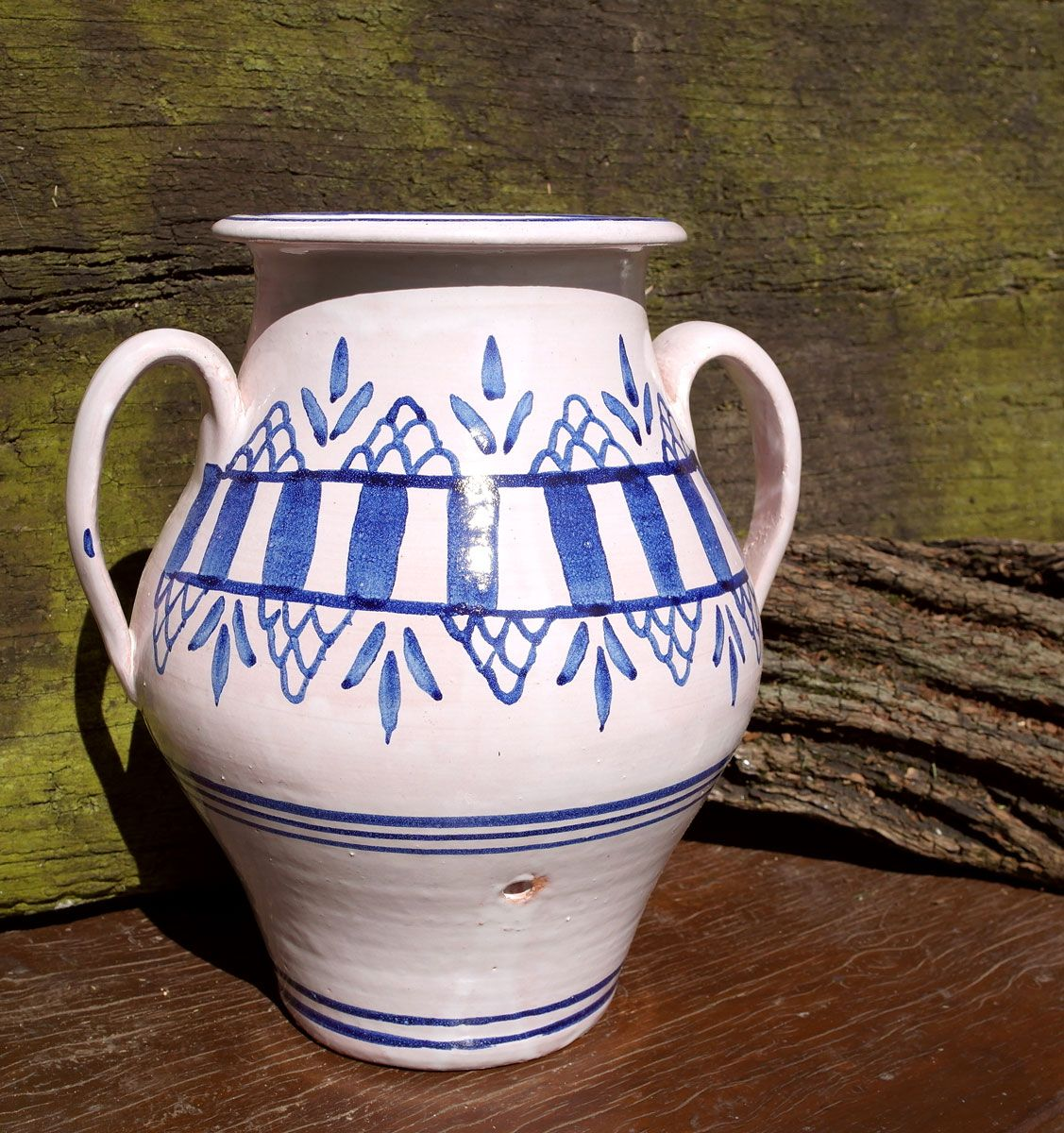 Vase to make butter, artisan tradition since the mid-twelfth century, Ceramic Lighthouse. Crafts Asturias.