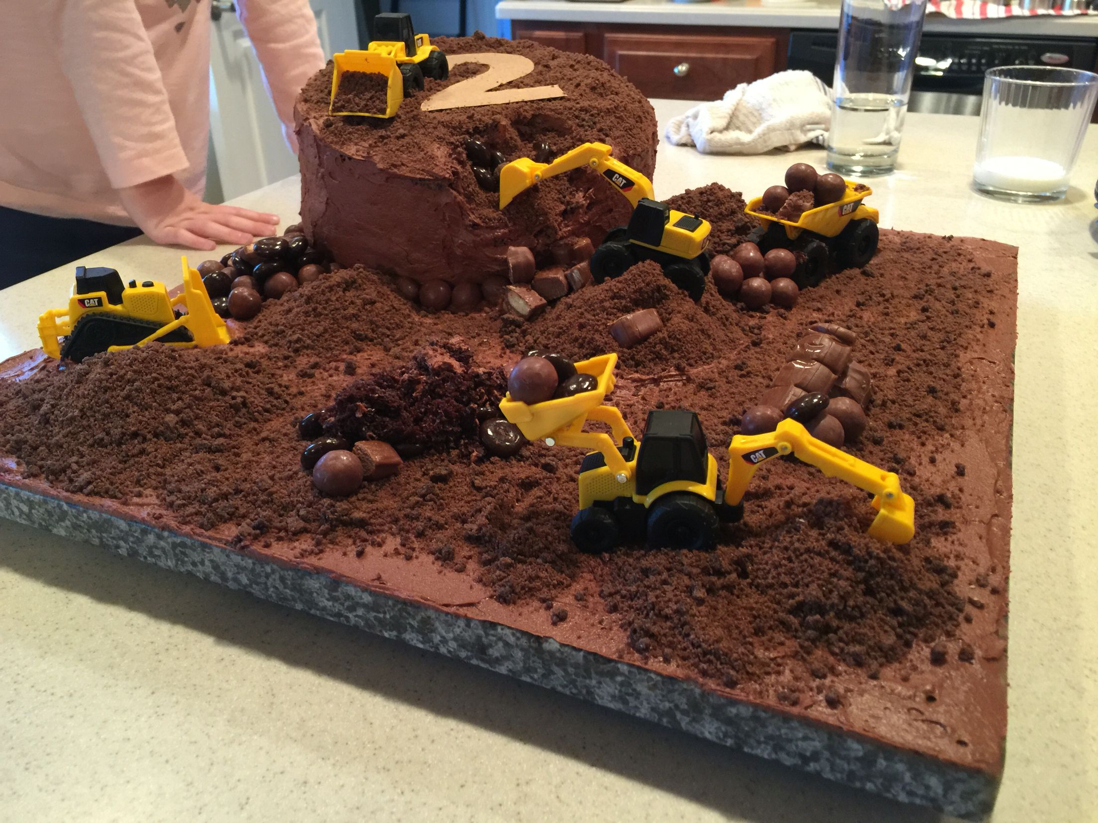 Birthday cake idea from my sister in law. #birthdaycake #dirtcake #case #tonka