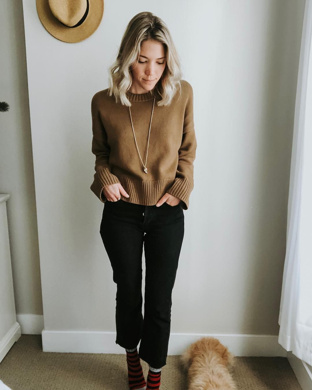 ea2069e3d0 This Everlane cotton crew, combined with the black washed denim from Comune  is on major repeat this fall/winter. #ethicallymade #capsulewardrobe # ...