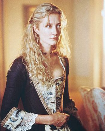 Joely Richardson as Charlotte in the Patriot. STUNNING gown! You see her in so many movies