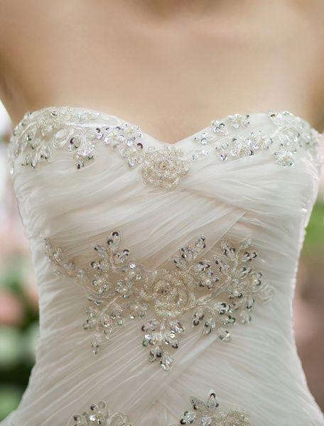 Robe de Mariée Bohème plage ivoire avec applique robe de mariée A-ligne asymétrique encolure en coeur Milanoo
