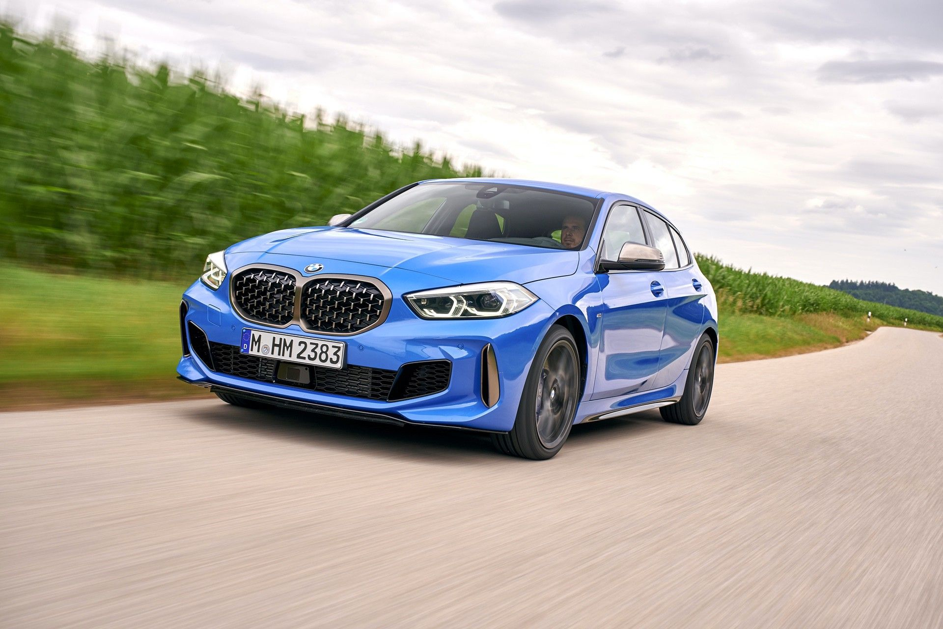 2020 Bmw M140e Could Be Bavaria S First Hybrid Hot Hatch Bmw New Bmw Performance Cars