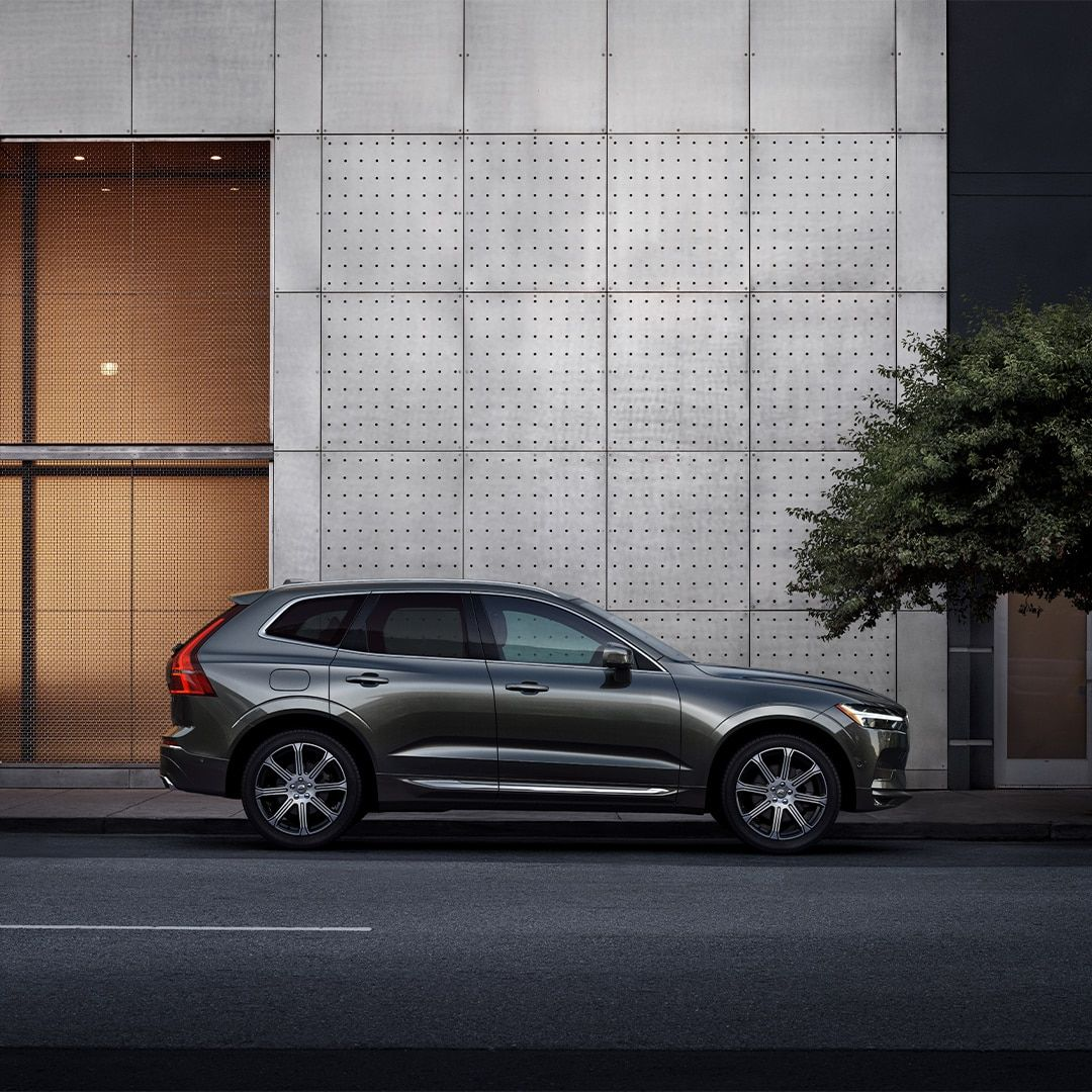 Volvo Xc60 Mid Size Suv Volvo Cars In 2020 Mid Size Suv Volvo Cars Volvo Xc60