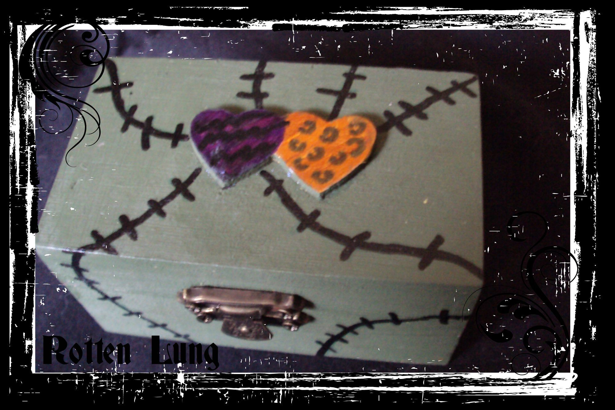 Love zombie  stitches box