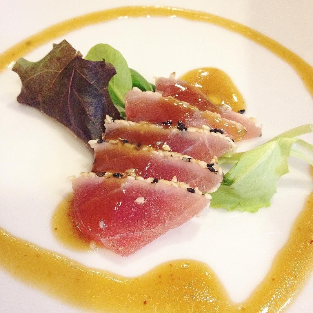 Concludere in bellezza (e in pienezza)  #sushi #sushiporn #tataki #arcella #padua #igers #igerspadova #foodporn #instafood by cozzz_