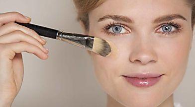 Bicarbonate huile de coco le meilleur nettoyant pour les peaux probl mes cosmetiques - Gommage visage maison point noir ...