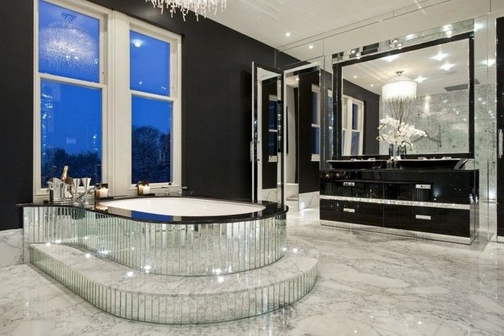 Luxury Bathroom Decor Ideas Completed With Modern And Attractive Design To Apply In It Bathroom Design Luxury Mansion Bathrooms Modern Luxury Bathroom