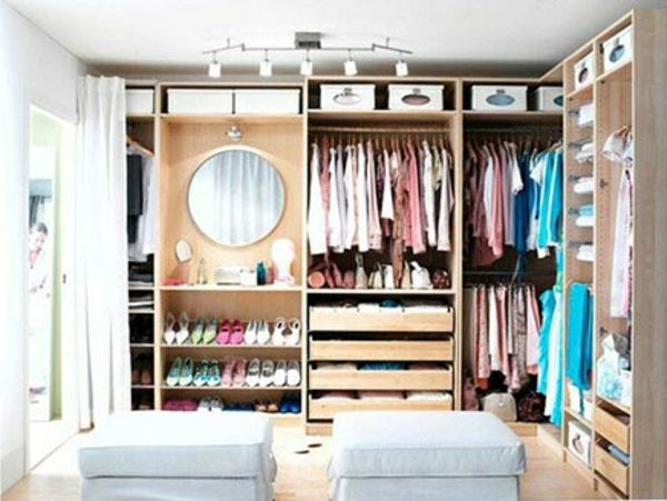 Oak Ikea Begehbarer Kleiderschrank Zwei Hocker Traumhaus