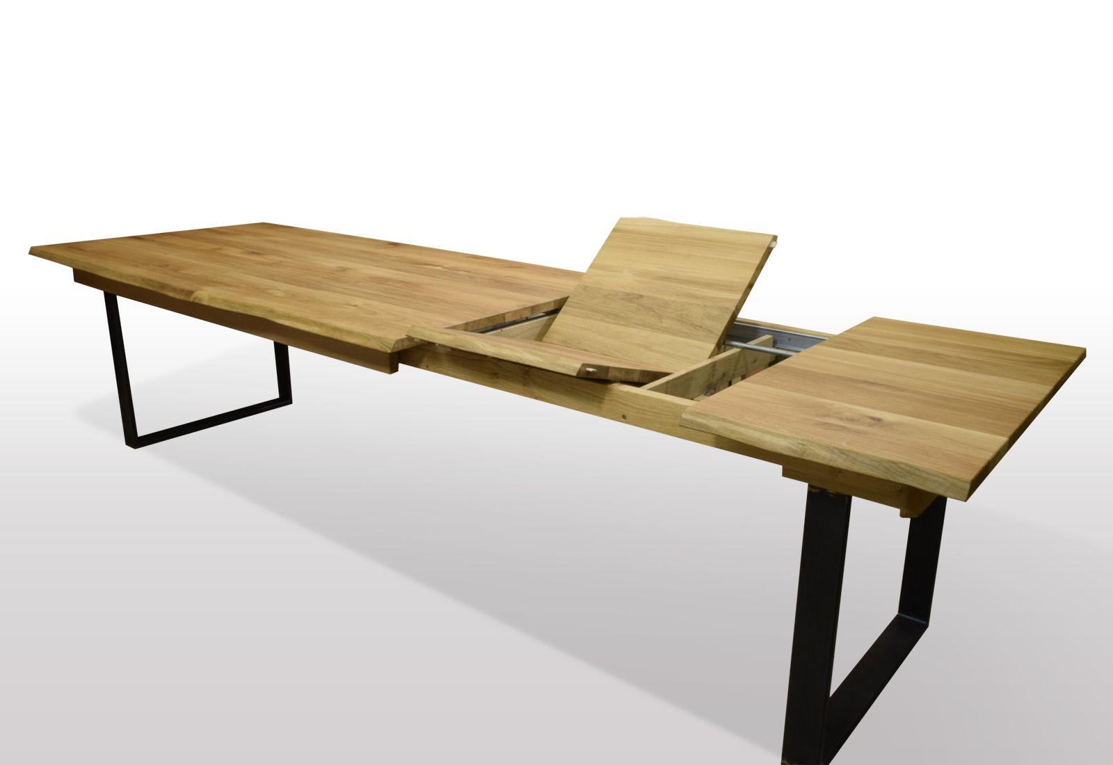 Esstisch mit Baumkante aus Wildeiche auf Schwarzstahl U Profilen ausziehbar per ...