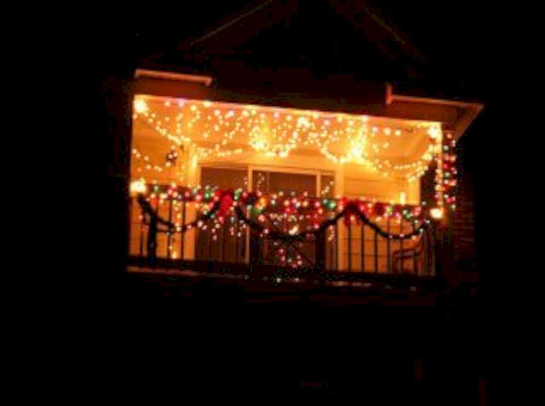 35 Best Apartment Balcony Christmas Light Decorating Ideas For ...