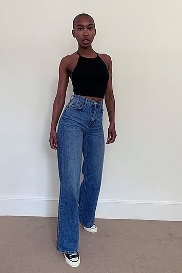 Complement Your Figure And Complete Your Wardrobe With Our High Rise, Wide Leg Jeans. Designed In Mid Blue Authentic Denim With Clean Hems, This Pair Has A Throw Back Feel. Contains Organic Cotton, Which Is Grown Without The Use Of Chemical Fertilisers, Pesticides And Genetically Modified Organisms (Gmos) And Has A Lower Impact On The Environment. 100% Cotton Organic. Machine Wash.