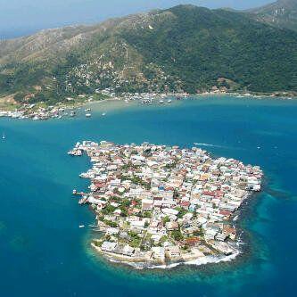 La Isla De Utila En Islas De La Bahia Honduras My Utila