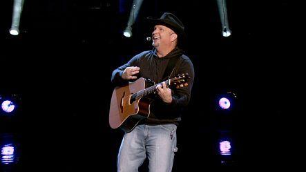 Garth Brooks: Live From Las Vegas - CBS com | GARTH IS BACK