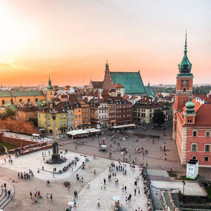 Edition 130: Warsaw, Poland | The Discoverer