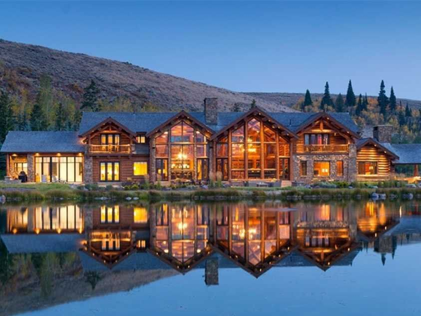 #7 WYOMING: A $68.7 million, 6-bedroom, 10-full bathroom home in Jackson on 118 acres with theater and indoor pool.