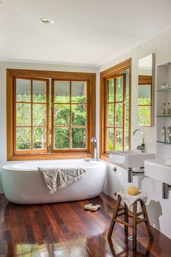 El estilo minimalista en los cuartos de ba o es la for Interiores minimalistas 2016