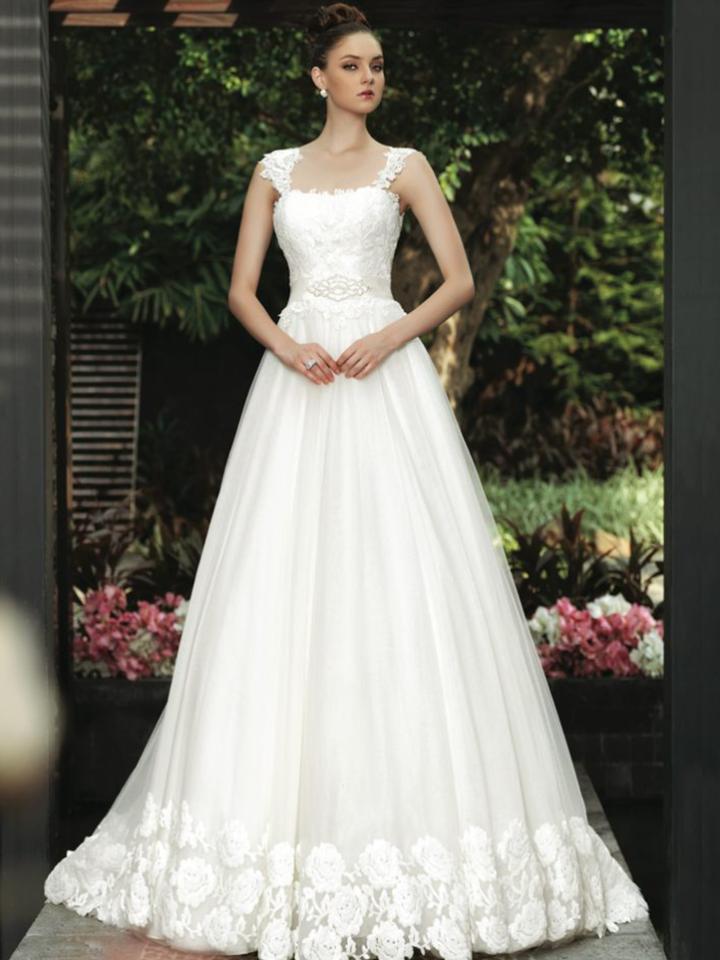Gorgeous Intuzuri Wedding Dresses