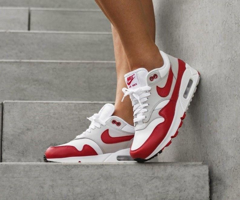 new style 87e6c dbbc9 NIKE AIR MAX 90 1 CASUAL SHOES WOMENS SNEAKERS - WHITE   GREY   UNIVERSITY  RED   eBay  womenssneakers