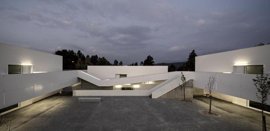 a f a s i a: 133 Pedro Domingos Arquitectos