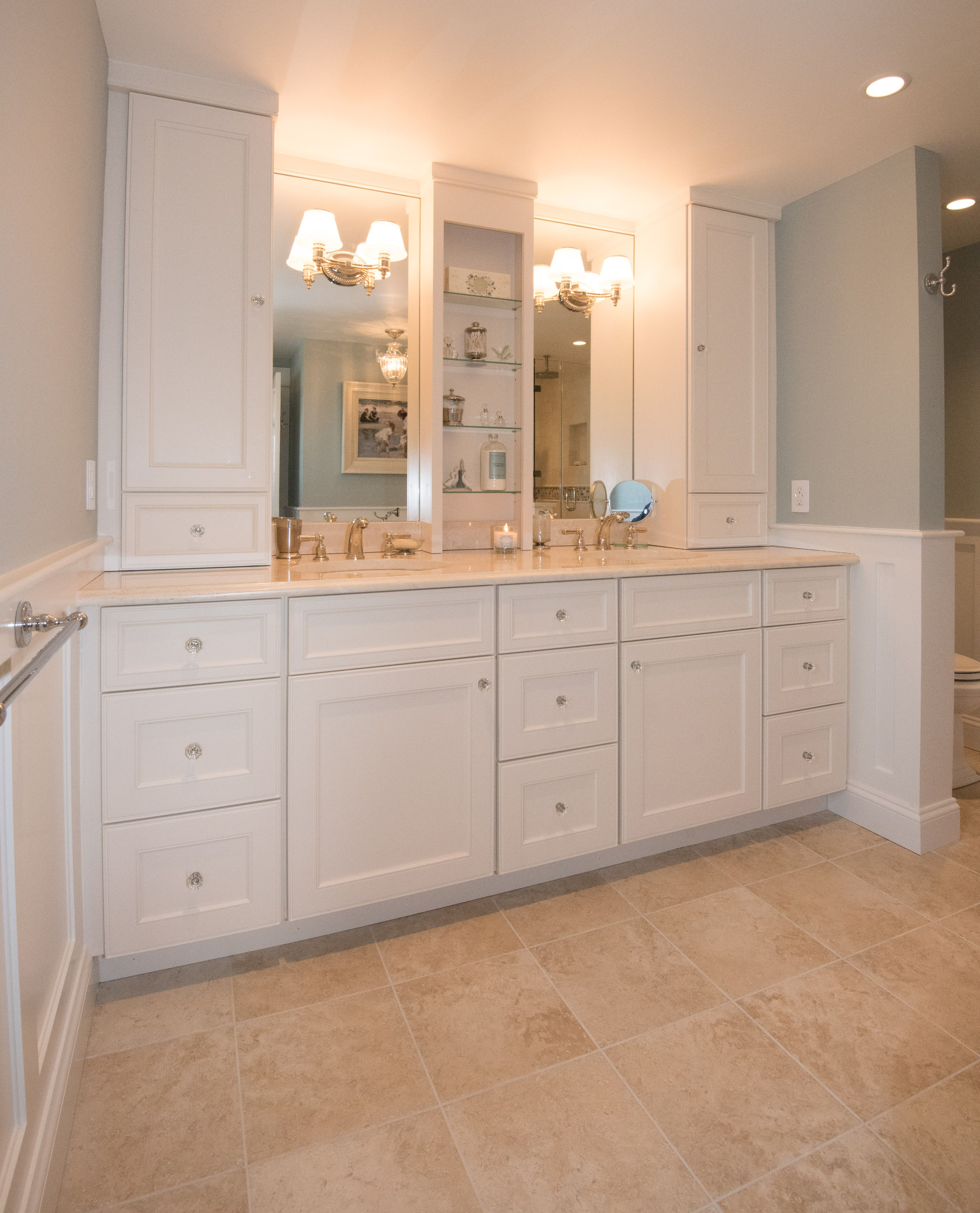 This Double Vanity Has Truly Maximized Storage With Tall Linen Cabinets Flanking The Mirrors And Matching Cabi Unusual Bathrooms Bathroom Vanity Girl Bathrooms