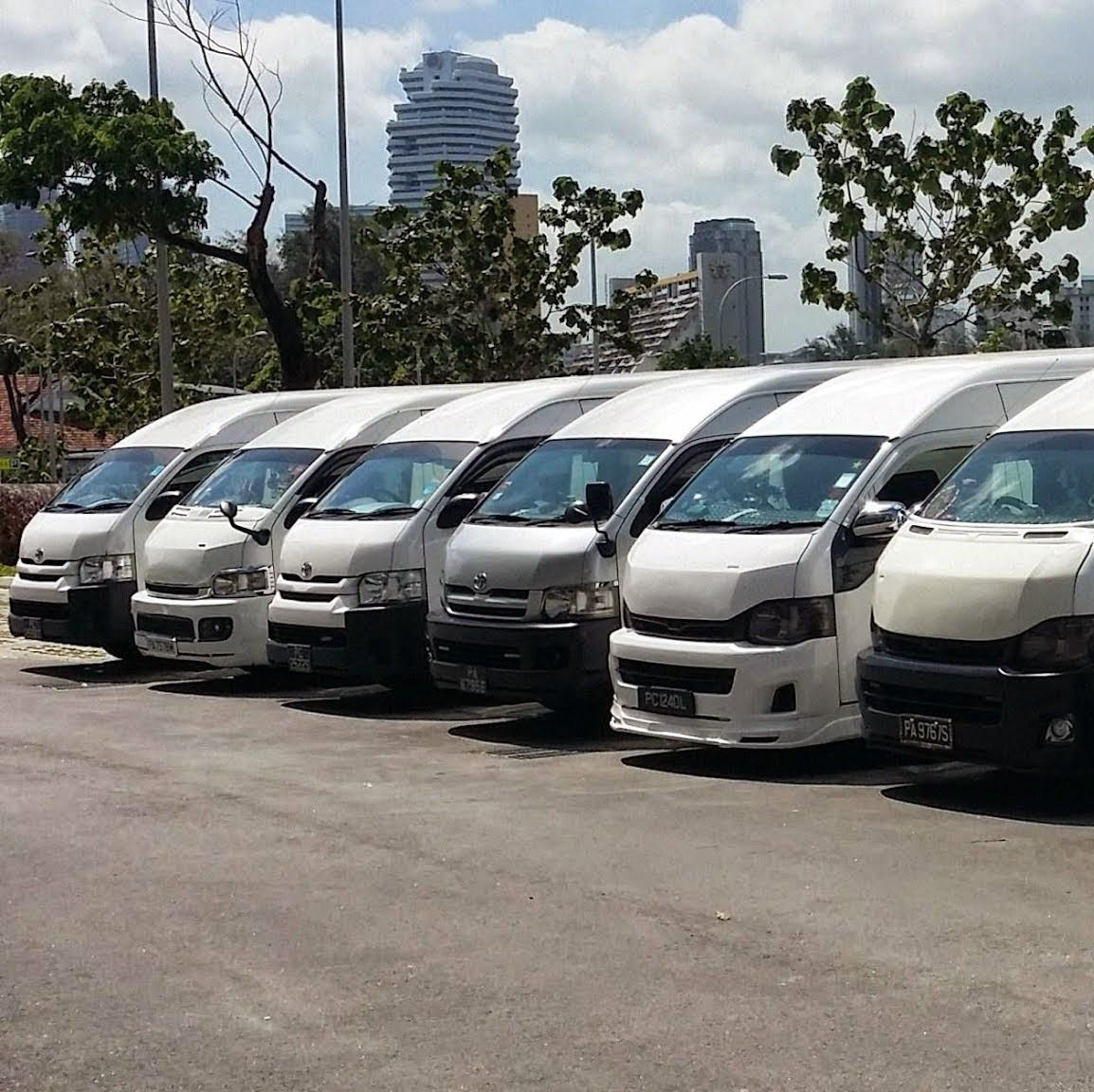 Advantages Of Chartering Our 7 Seater Maxi Cab Or The 13
