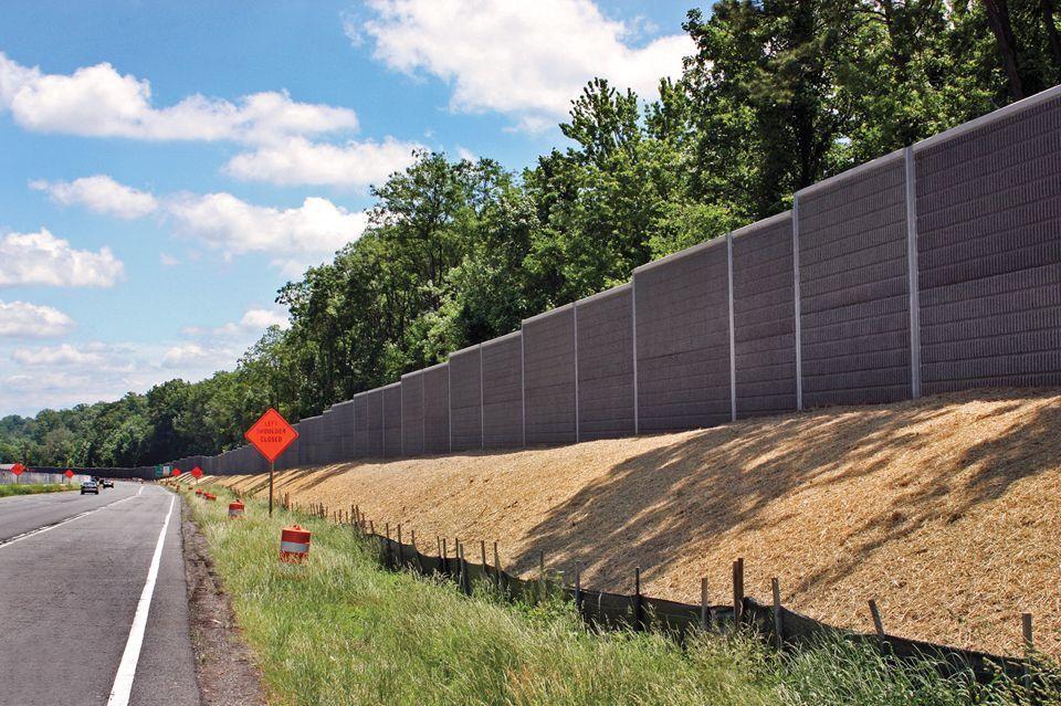 Dulles Toll Road Precast Concrete Sound Proofing Fence Design
