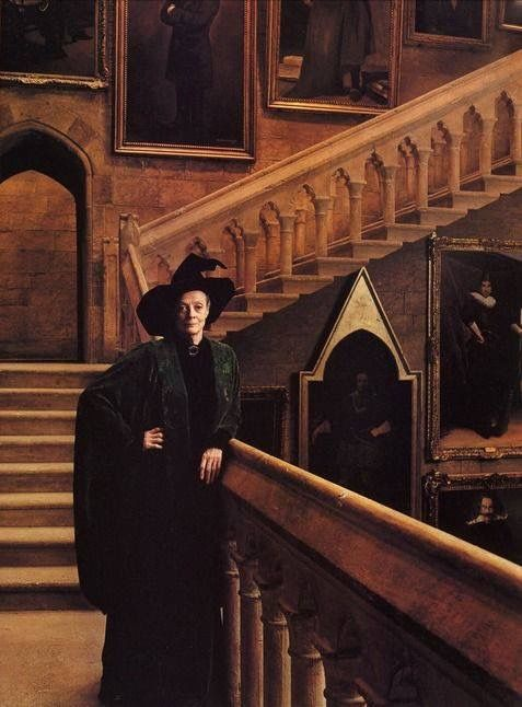 Pin By Katarzyna On Lady Grantham Minerva Mcgonagall Harry Potter Characters Maggie Smith Harry Potter Universal