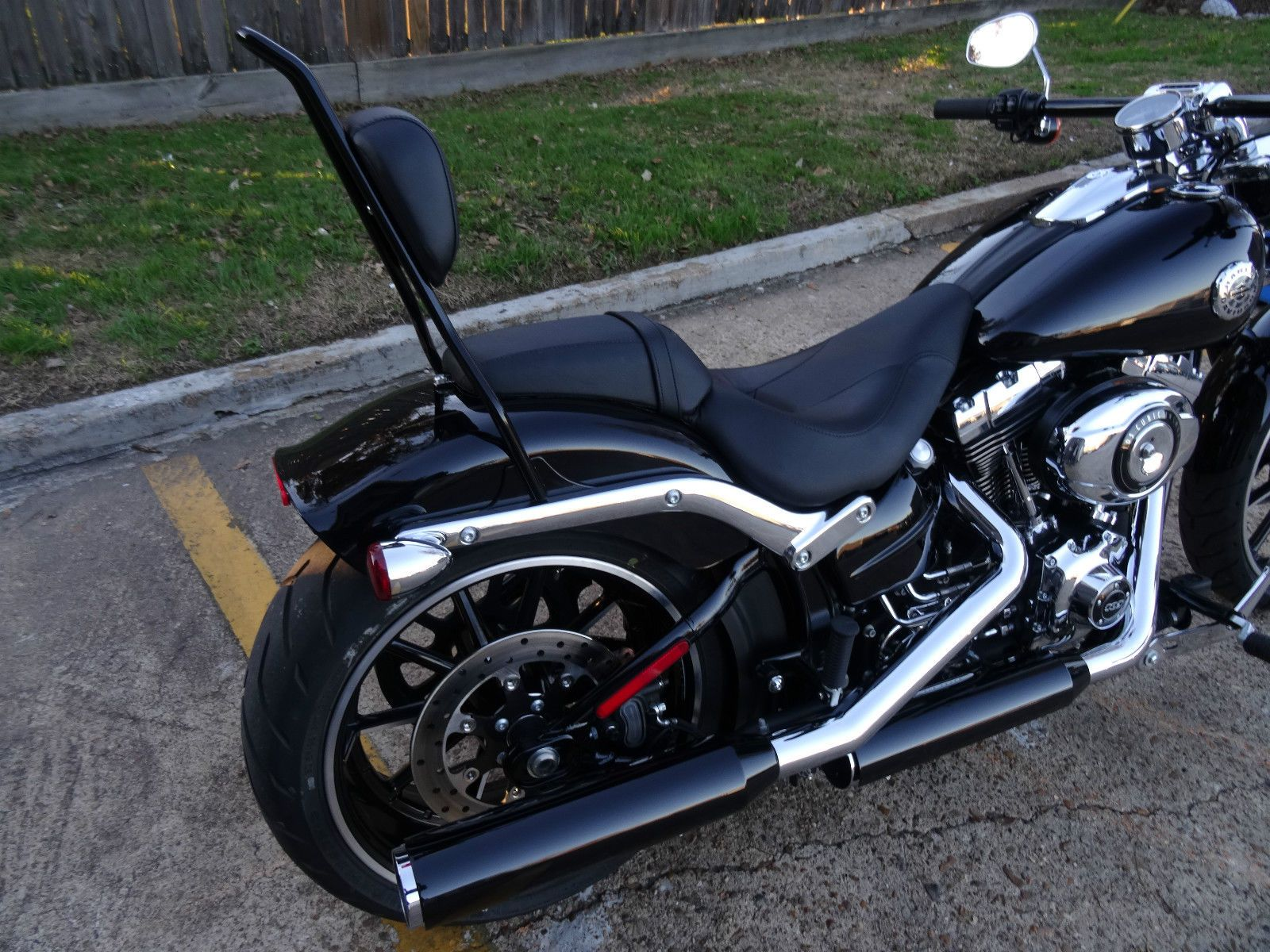 Harley Davidson 2013 2014 Breakout Sissy Bar