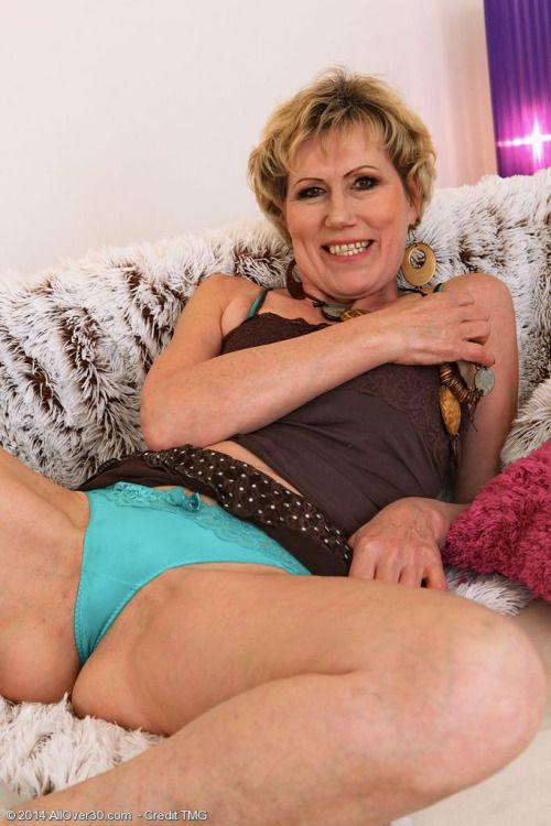 Mature lady seeks