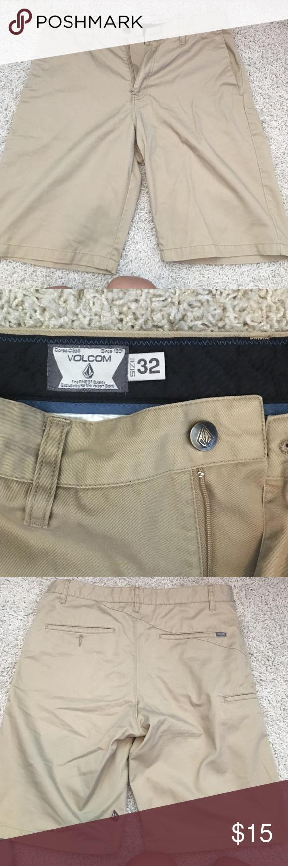 Men's khaki shorts Perfect condition! Volcom Shorts Flat Front