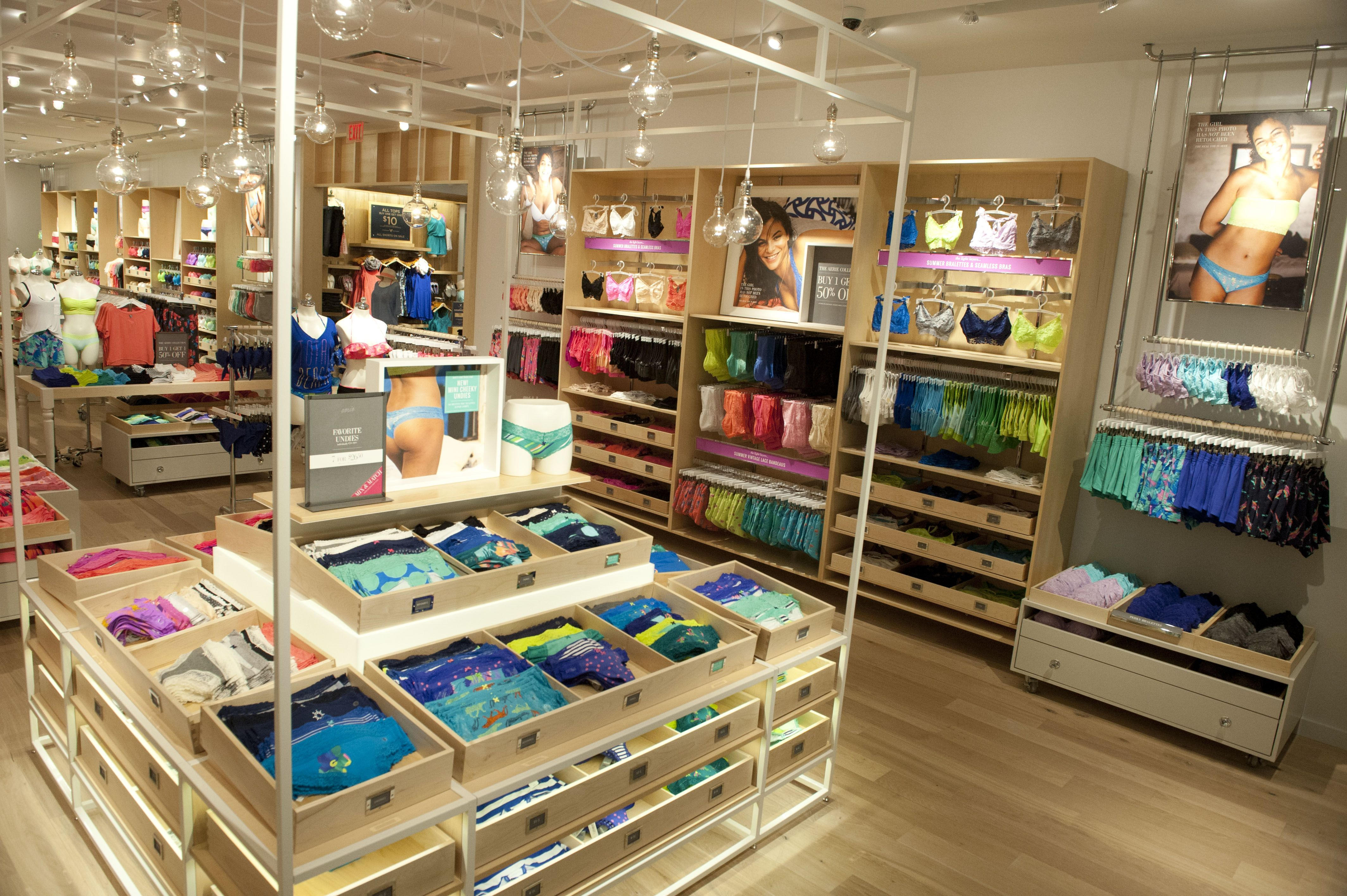 Aerie Love The Colorful Merchandise And The Organized Minimalist