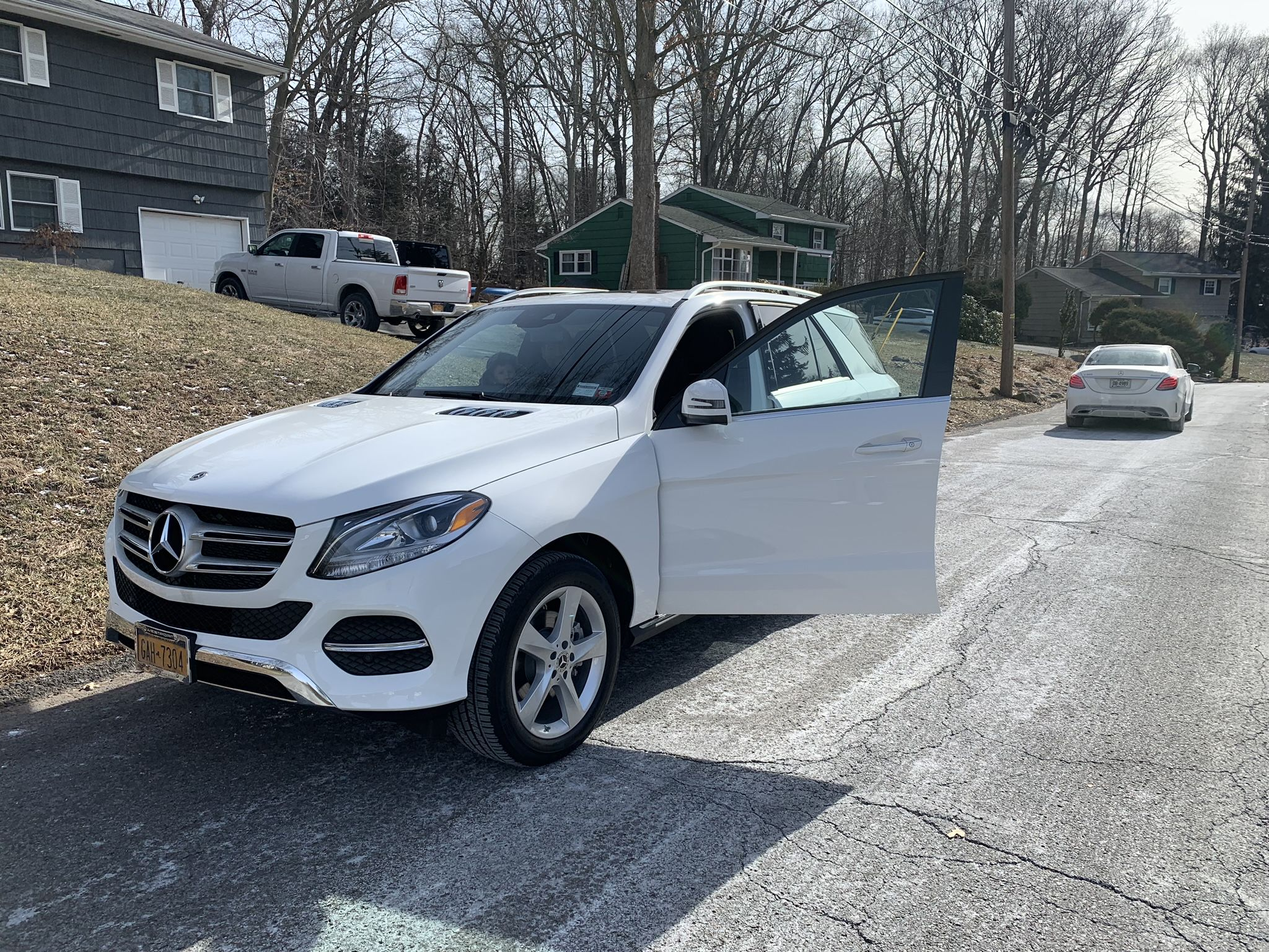 Check Out This New 2019 Mercedes Gle 350 That We Just Delivered To Another Satisfied Family Mercedes Family Autoleasing Car Lease Lease Deals Cars For Sale