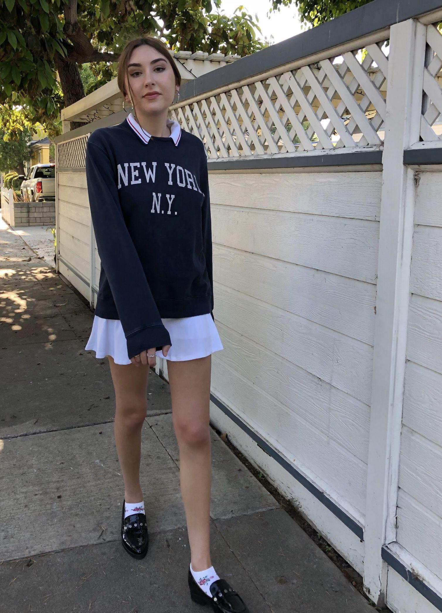 Brandymelville Y2k Preppy Indie Tennis Skirt White Navy Blue Golf Collar Polo Sweatshirt Paris Fren In 2020 Tennis Skirt Outfit Blue Sweatshirt Outfit Tennis Clothes