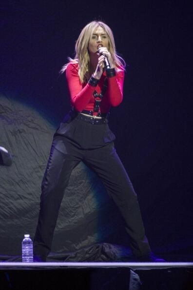 Perrie - Neon Lights Tour - 2/9/2013