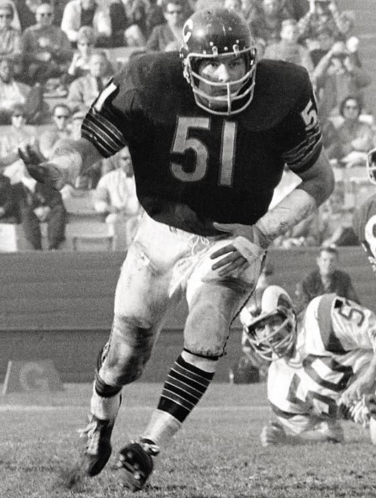 563b4cf6 Dick Butkus. (Sports Illustrated) | Sports | Football helmets, Sport ...