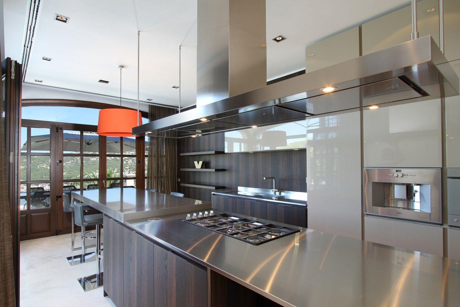 Luxury interiorcan suirell villa curve interior design