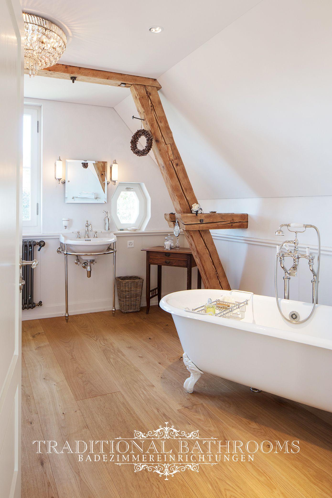 Badezimmer Im Klassischen Landhausstil Traditionelle Bader Badezimmereinrichtung Bad Styling
