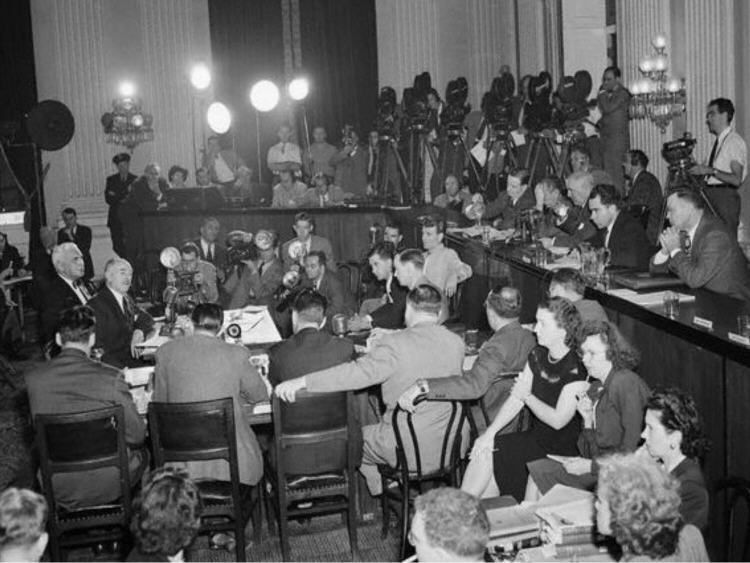 The House Un American Activities Committee Huac Was A Famous Communist Group In The Movie Industry Co Historical Context In Hollywood Historical Background