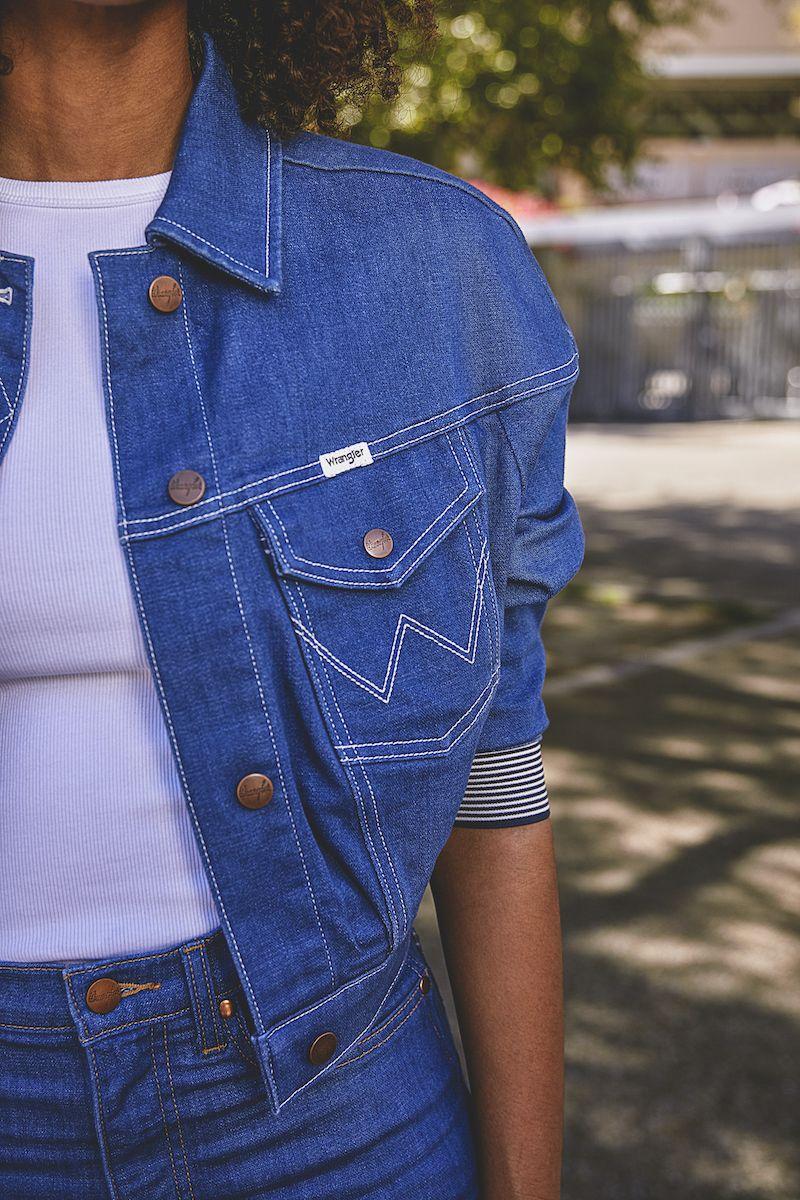 New Wrangler Denim Fashion Womens Casual Outfits Classic Denim [ 1200 x 800 Pixel ]