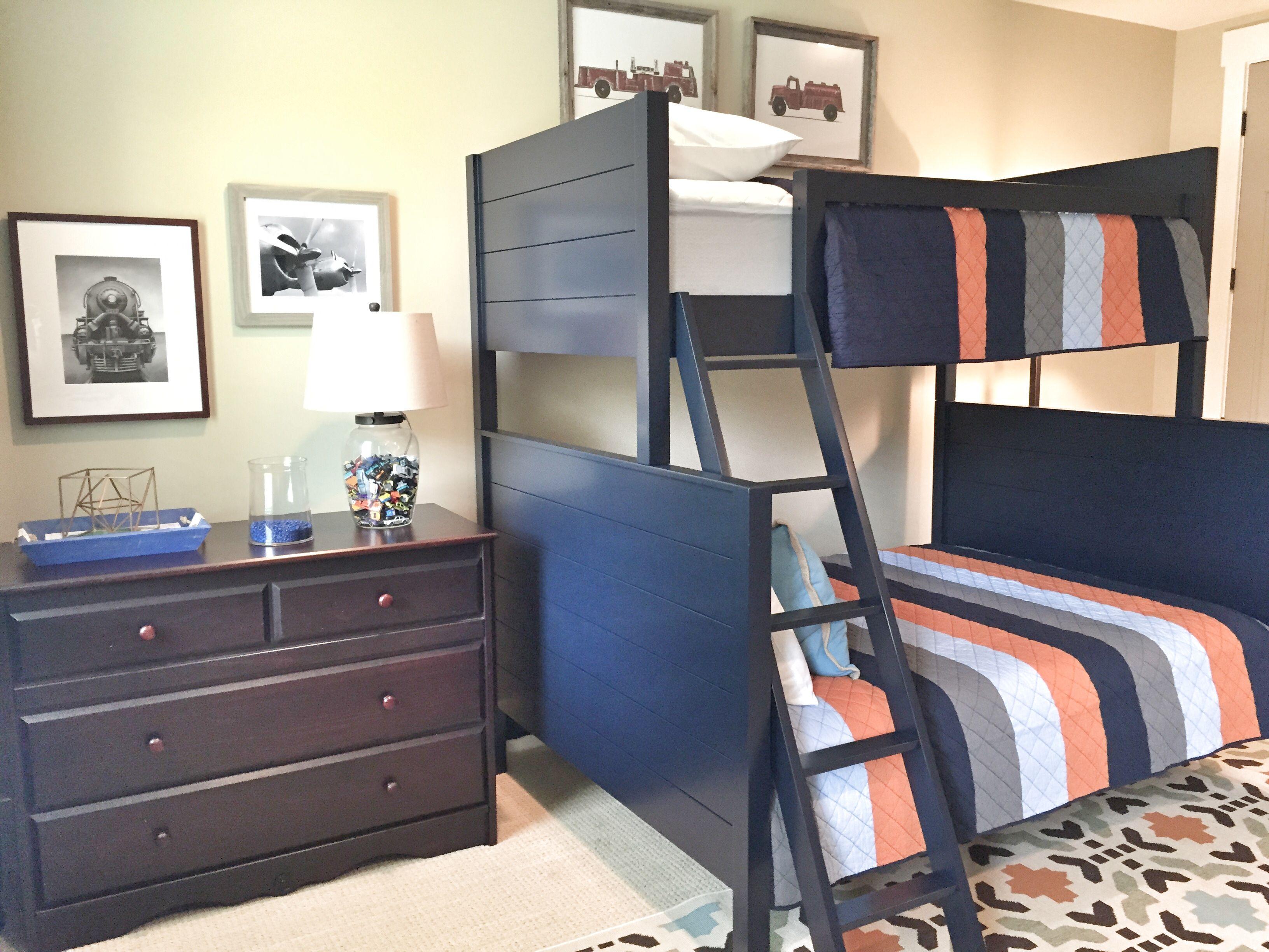 Transportation Themed Boys Bedroom in 2020 | Interior ...