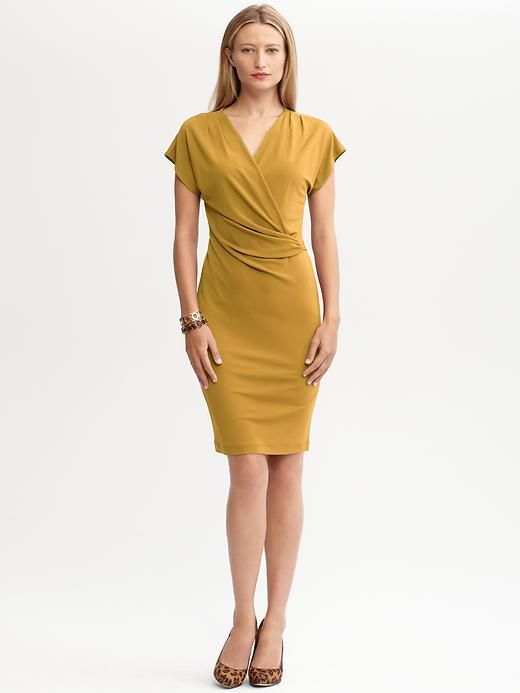 Imagenes de vestidos para mujeres de 50