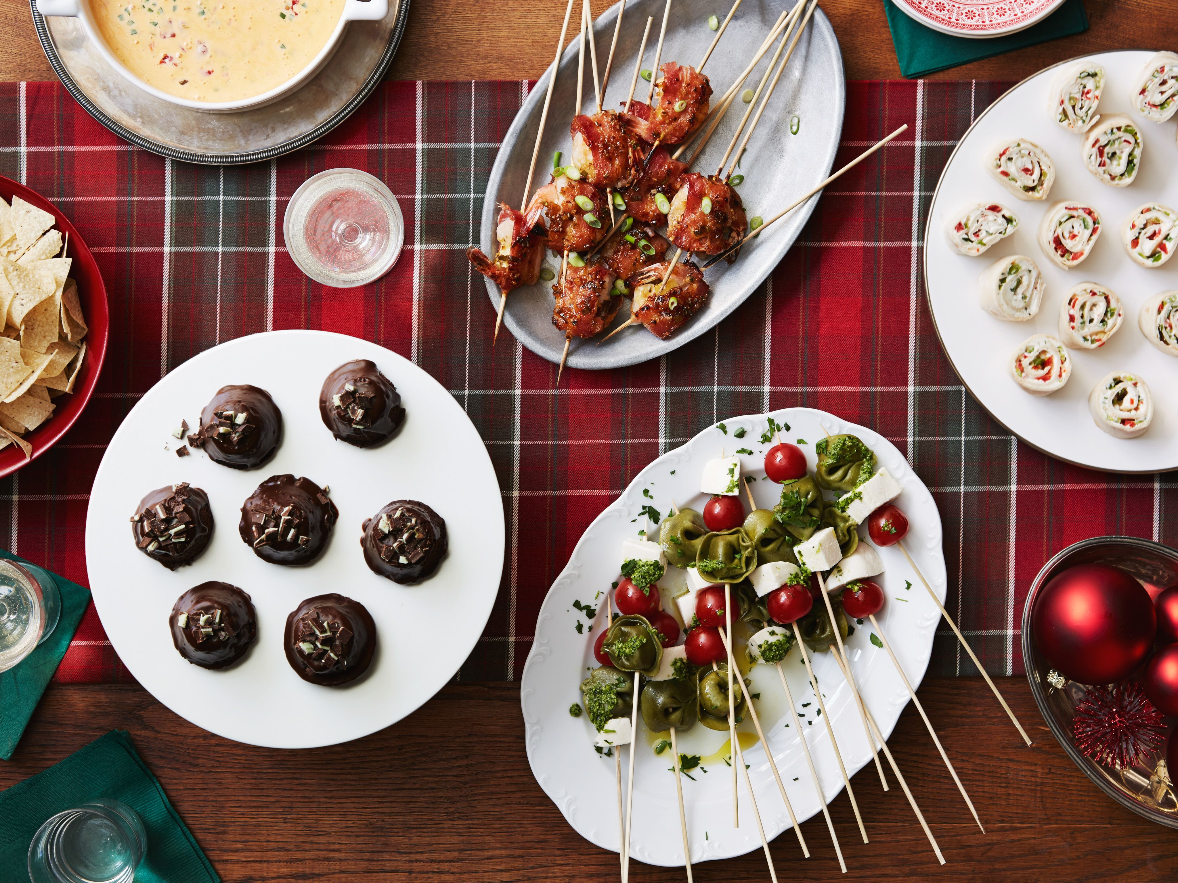 the pioneer woman shares a few great recipes from her very own christmas cocktail party featured - Pioneer Woman Christmas Recipes