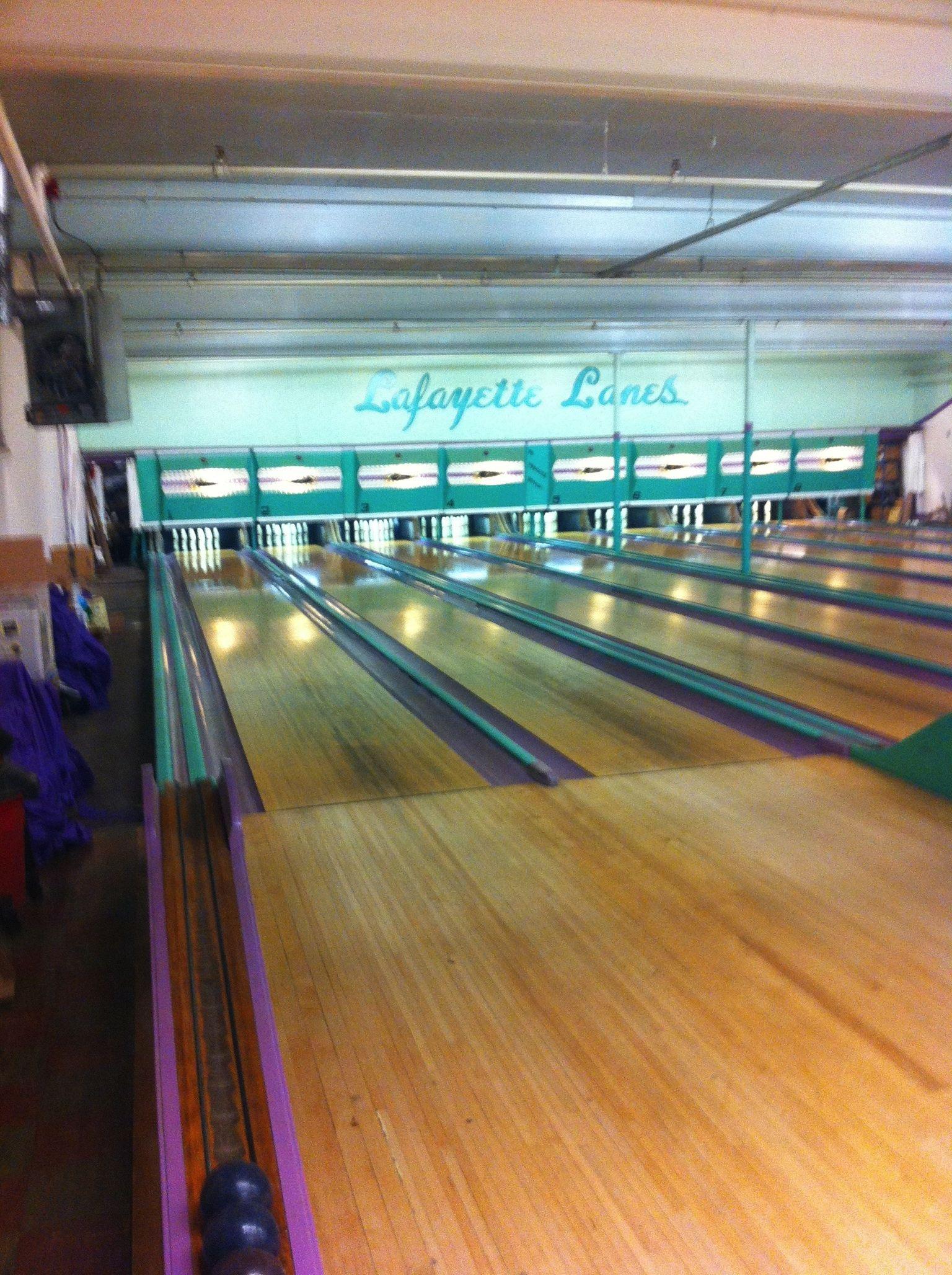 Lafayette Lanes Candlepin Bowling Candlepin Bowling Bowling Wall Treatments