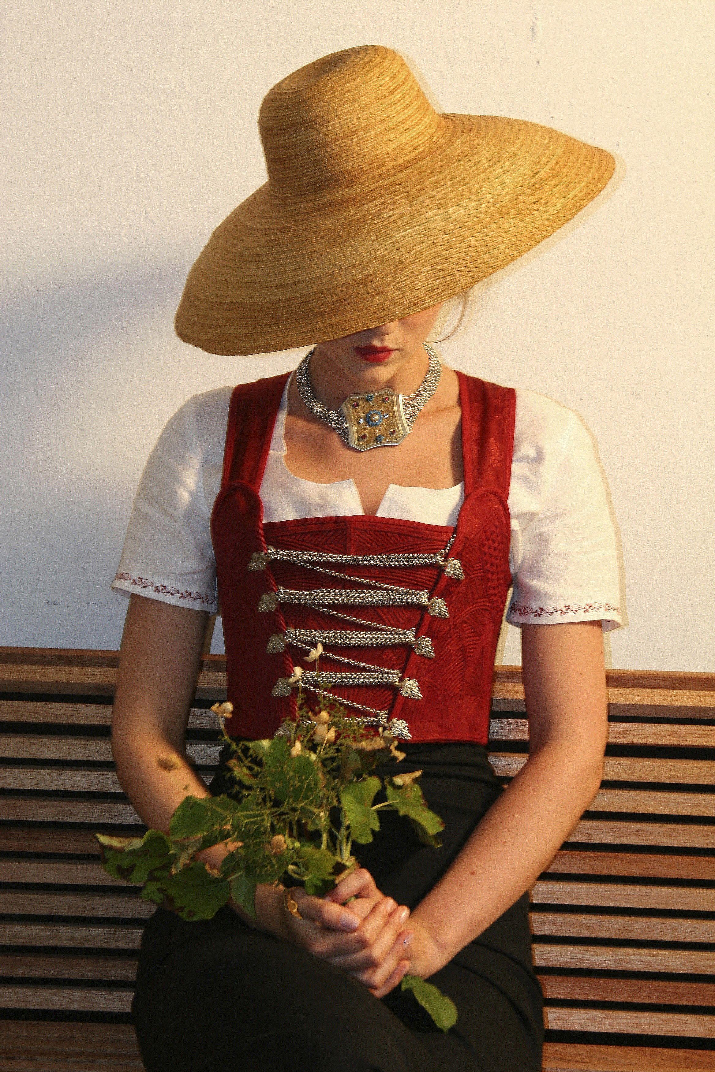 www.evavioletta.com