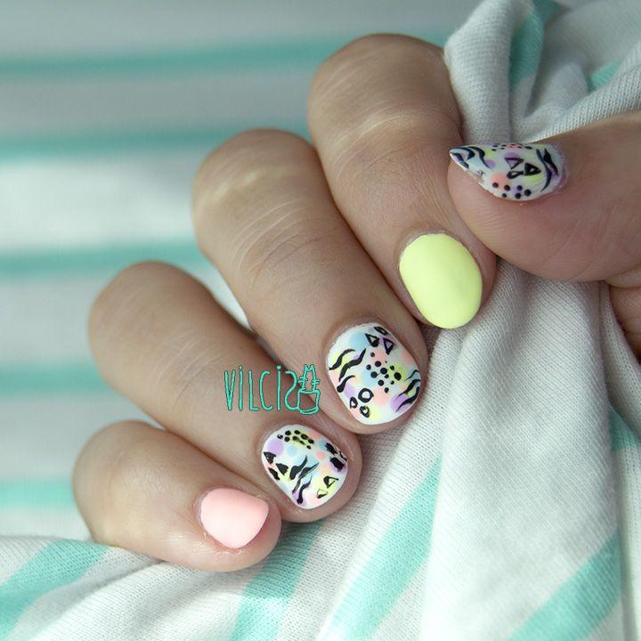 80s pop culture nail design inspiration. Short natural nails. Diseño ...