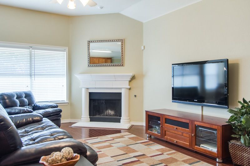 Pin On Home Star Staging Dallas Tx #small #living #room #staging #ideas