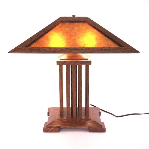 Onandaga Lamp A Spindle Style Mica Lamp In The Stickley And Prairie Style Lamp Craftsman Lamps Prairie Style