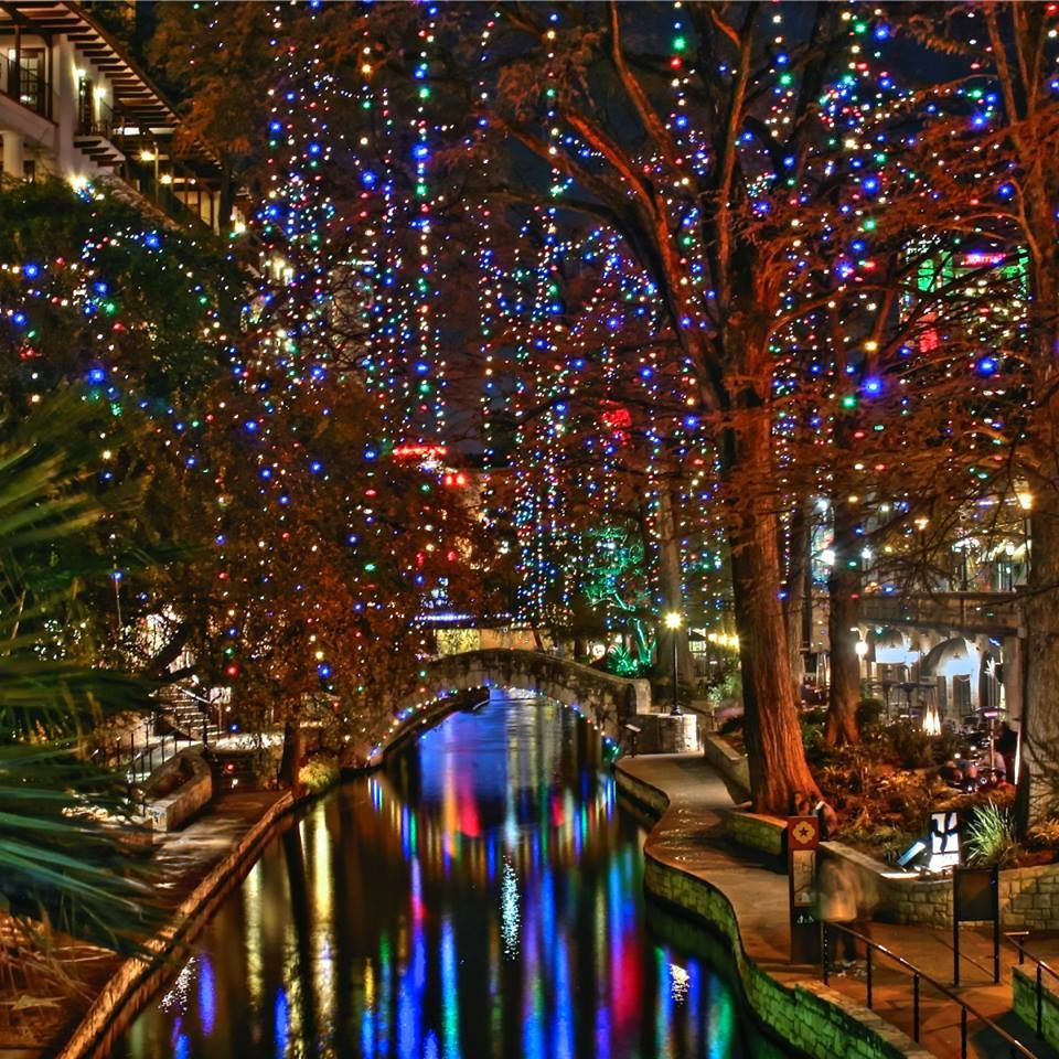 Riverwalk San Antonio Christmas.San Antonio River Walk During Holiday Time Love This
